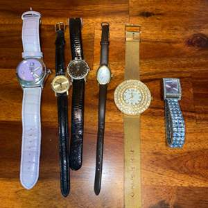 Lot # 1014 (5) Watches