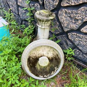 Lot # 1038 Concrete Bird Bath - Heavy & Needs Cleaning