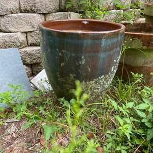 Lot # 1046 Flower Pot