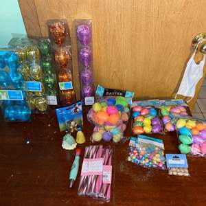 Lot # 1063 Easter Egg Crafting Supplies