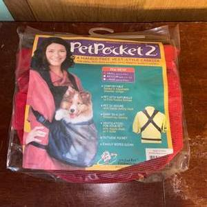 Lot # 1071 New Pet Pocket 2 - Size Small