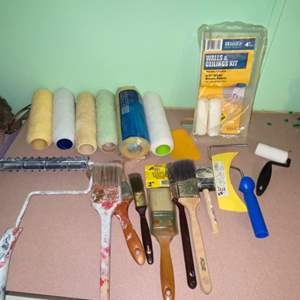 Lot # 1091 Paint Brushes, Rollers & More