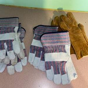 Lot # 1094 (4) Pairs of Work Gloves