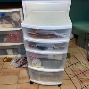Lot # 1095 4 Drawer Storage Cabinet w/ Contents
