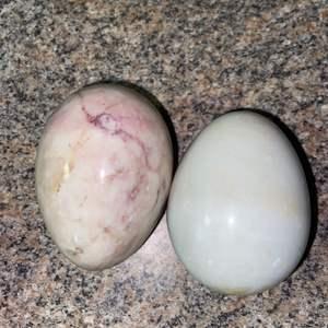 Lot # 1154 (2) Marble Eggs