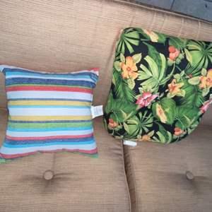 Lot # 1163 Chair Cushion & Pillow