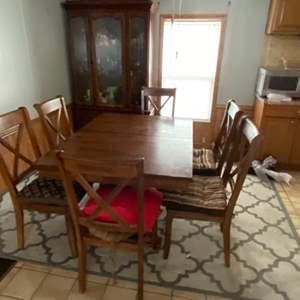 """Lot # 1186 Beautiful Wood Dining Set w/ 6 Matching Chairs 40"""" X 54"""""""