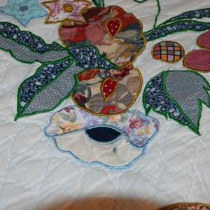 Lot # 56 QUEEN sized quilt hand-stitched scalloped flowery garden