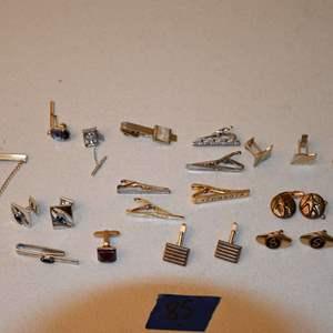 Lot # 85 Vintage HICKOCK, SWANK, misc tie clips, pins, cufflinks