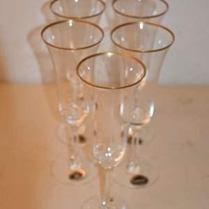 Lot # 103 LENOX CRYSTAL champagne flutes