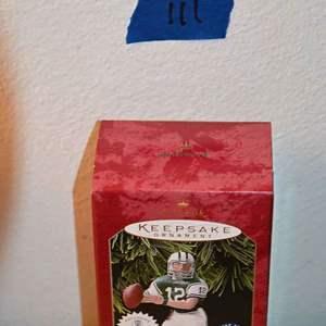 Lot # 111 Hallmark Keepsakes JOE NAMATH 3rd series Christmas ornament *NEW*
