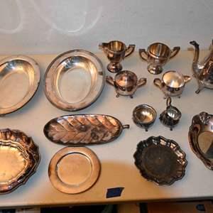 Lot # 127 Silverplate lot: Sweden, Leonard, misc...