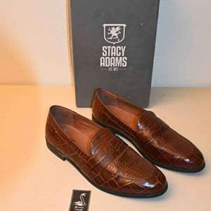 Lot # 150 Stacy Adams Cognac Snakeskin Penny Loafers size 11-1/2