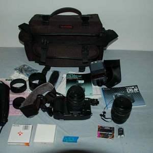 Lot # 153 YASHICA 230-AF 35mm film camera *MINT* with 2 lenses, flash, filters, bag