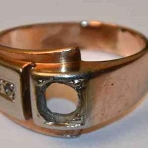 Lot # 155 14K yellow gold & 18K white gold size 7 ring 6.9g SCRAP