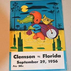 Lot # 191 Florida GATORS vs Clemson September 29, 1956 game day program