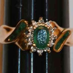 Lot # 207 14K yellow gold diamonds & emeralds size 7 ring 3.4g