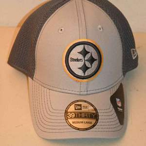 Lot # 216 PITTSBURGH STEELERS cap NEW WITH TAGS