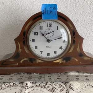 Lot # 107 Gilbert Mantle Clock