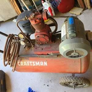 Lot # 216 Sears/Craftsman 1/2HP Air Compressor