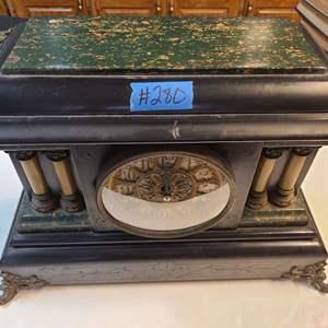 Lot # 280 Vintage Seth Thomas Clock Company Mantle Clock