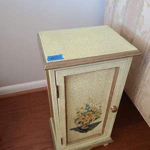 Lot # 10 Small Peebles Side Table W/ Cabinet