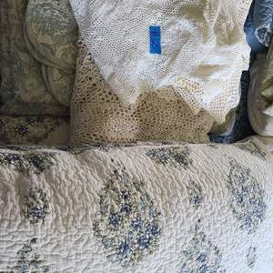 Lot # 50 Lot of Various Size Blankets