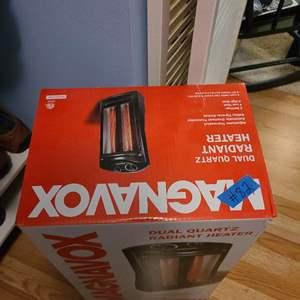 Lot # 82 Magnavox Room Heater