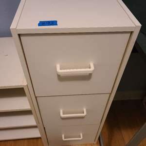 Lot # 92 Set of 2 Metal File Cabinets