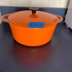 Lot # 108 Sousances Dutch Oven