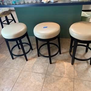 Lot # 158 Set of 3 Bar Stools