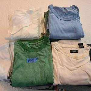 Lot # 195 Lot of Men's Shirts (mostly Xlarge)