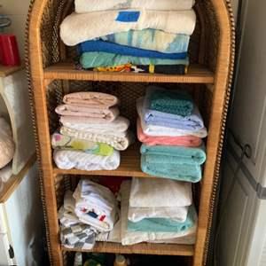 Lot # 225 Lot of Towels