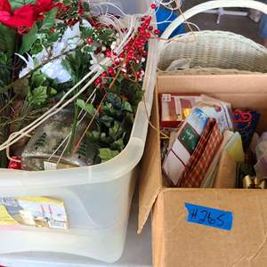 Lot # 265 Lot of Christmas Bags and More