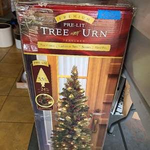 Lot # 266 5.5 Lighted Christmas Tree in box (used)