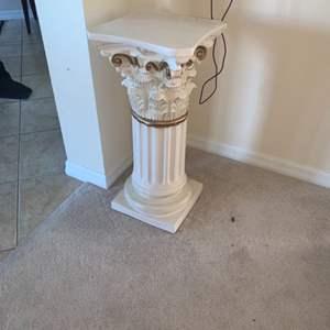 Lot # 9 Decorative Display Pedestal