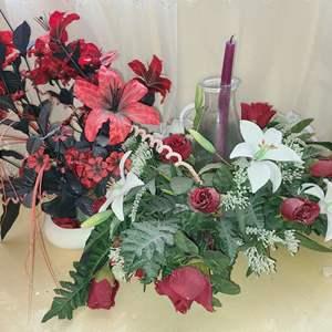 Lot # 115 Faux Flower Arrangments