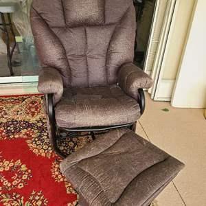 Lot # 129 Sunroom Kept Chair & Ottoman