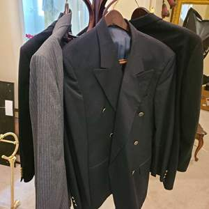 Lot # 162 Lot of Various Mens Suits (42-46)