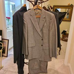 Lot # 163 Lot of Various Mens Suits (42-46)