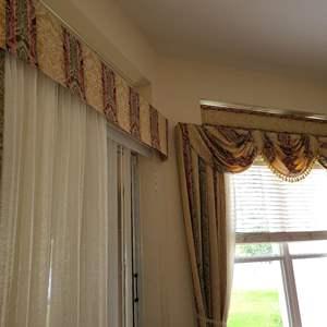 Lot # 212 Long Multicolored Window Dressing W/ Sheer Falls