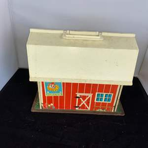 Lot # 39 Fisher Price Family Play Farm