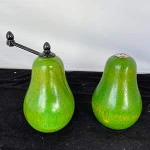 Lot # 49 Green Pear Salt & Pepper Grinder