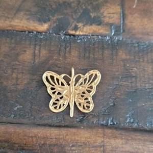 Lot # 120  14k Gold Butterfly Pendant-TW-3.06g