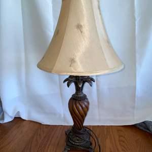 Lot # 146 Beautiful Table Lamp