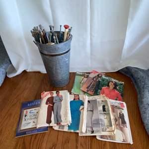 Lot # 161 Knitting Needles & Patterns