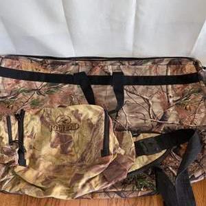 Lot # 167 Reeltree & RedHead Carryall Bags