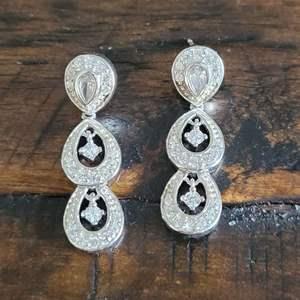 Lot # 178 Beautiful Sterling Silver Drop Earrings