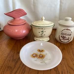 Lot # 276 Nice Assortment - Ginger Jar, Aromatherapy Jar and More