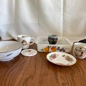 Lot # 340 Assortment of Kitchenware